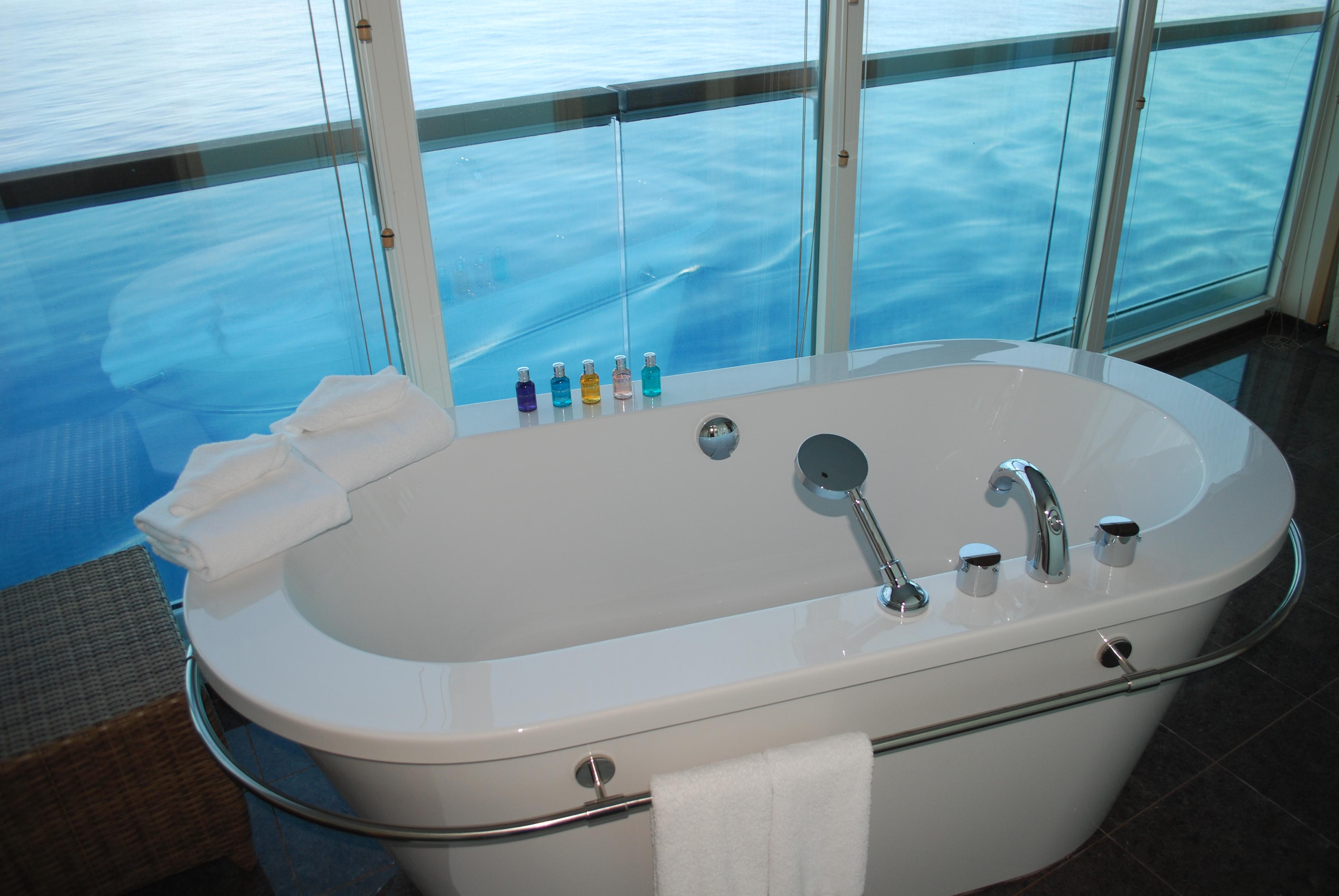 Dream Bathtub | Aboard Seabourn Sojourn – Josh is an old-fashioned ...