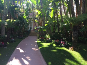 beverly-hills-hotel-bungalow