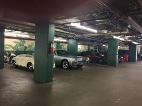 beverly-hills-hotel-exclusive-garage