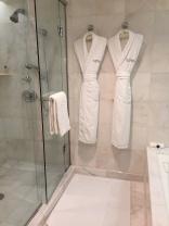 peninsula-beverly-hills-bathroom2