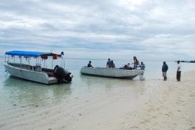 vomo-beach-and-excursion